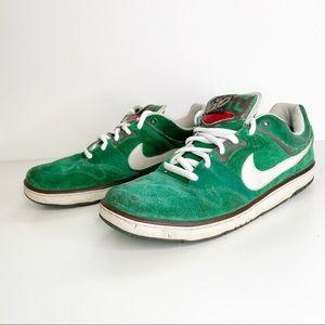 Nike RARE Air Zoom Cush Skate Shoes Suede Green